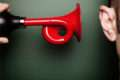 Как пользоваться сигналами для успешной торговли бинарными опционами. Сигналы от брокера и не только.